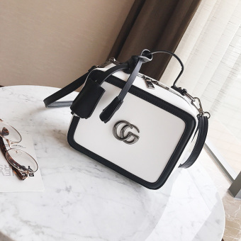 Small Square in Europe and America Female Summer New style shoulder bag Shishang Portable Bag (White)