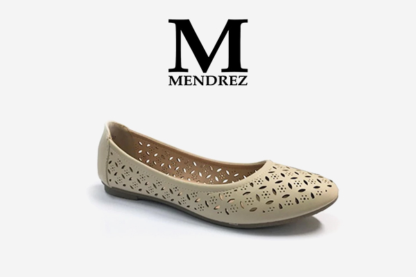 Women's Fashion Shoes: These Add Style to Your Persona. The concept of shopping itself brings a smile to every woman's face. And when it comes to Women's Fashion Shoes, no woman can resist the urge of owning them. There are so many brands, so many styles, fabrics, colors, and materials to choose from.