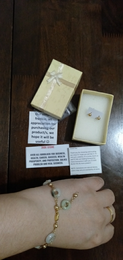 Authentic Mixed Jade Stone in 10k Bracelet