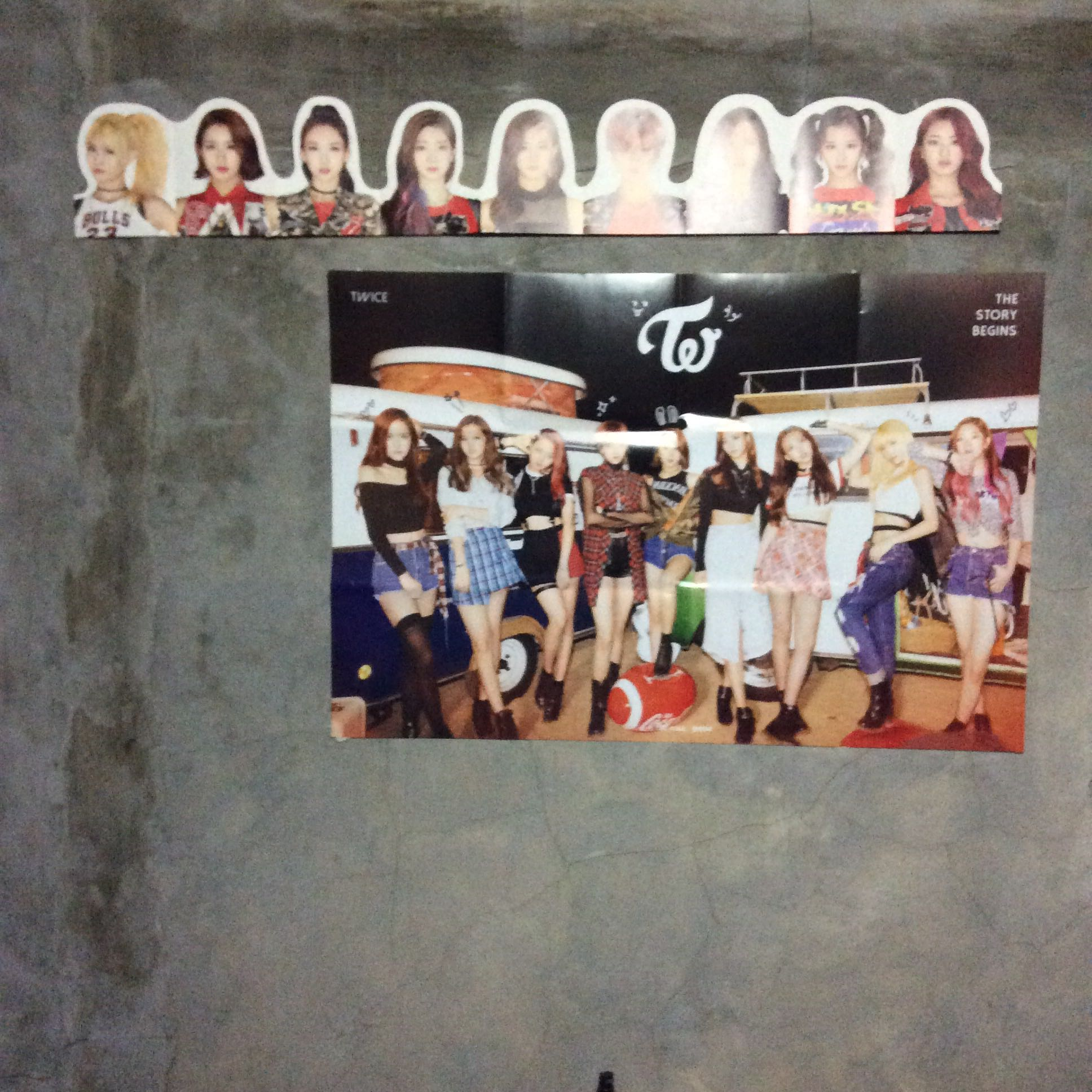 TWICE - The Story Begins (1st Mini Album) CD+36p Photobook+Garland+1Unit  Card+1Red Card+1Pink Card+Double Side Extra Photocards Set