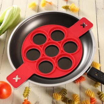 1Pc Home Non-stick Fantastic Pancake Silicone Ring Maker KitchenFrying Egg Omelets Mold(Red) - intl