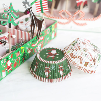 Single cake paper cups Christmas cup