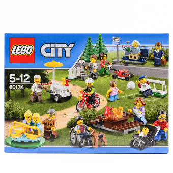 Harga LEGO Fun in the Park City People Pack 60134