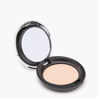 Harga The Body Shop All-in-One Face Base 05 9g