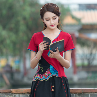 Chinese-style retro embroidery Slim fit v-neck t-shirt (Wine red color)