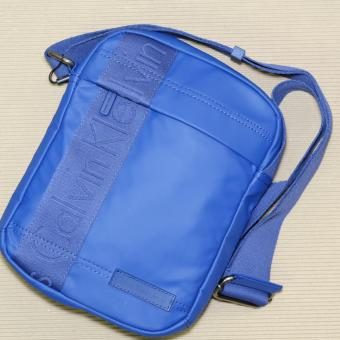Harga Calvin Klein Small Crossbody Bag (Blue)