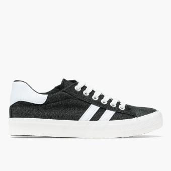 Harga Kicks Ladies Moe Sneakers (Black)