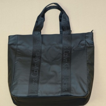 Harga Calvin Klein Tote Bag Large Black