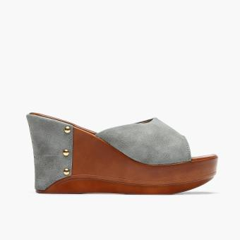 Harga Parisian Ladies Nora Wedge Sandals (Gray)