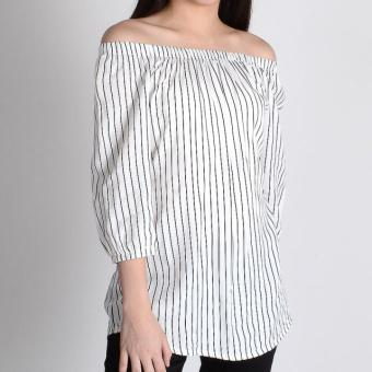 Harga Redgirl Off Shoulder Quarter Blouse Rlt04-3058 (White/Black)