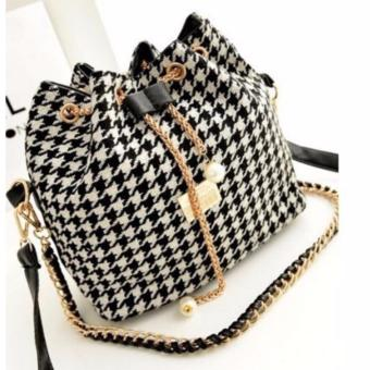 Isabel K026 Trendy Korean Bucket Bag (Black)