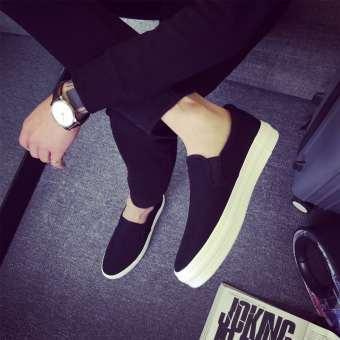 Korean-style thick bottomed elevator trendy shoes canvas shoes (Black)