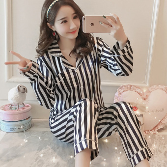 Korean-style Women's Long Sleeve Silk Pajamas Set (Black)