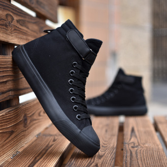hight-top men canvas shoes Black color
