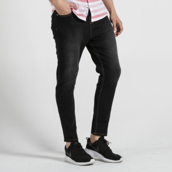 PENSHOPPE Carrot Fit 5-Pocket Jeans With Zipper Fly (Black)