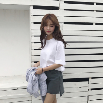 Women's Korean-style Simple Round Neck Short Sleeve Solid Color T-Shirt