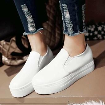 Women's Flat Shoes Slip On Comfortable Platform Sneakers HiddenHeels Wedge (White) - intl
