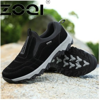 ZOQI Casual Men Shoe Slip On Flat Male Old Loafers Flock Walking Shoes Zapatos Gommino Driving Shoes Rubber Father Shoes MoccasinsBlack - intl