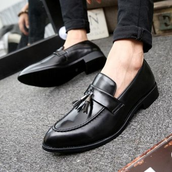 ZORO New Men Leather Shoes Casual Fashion England Pointed Toe Men Shoes Black - intl