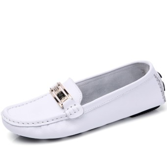 ... Style Comfortable Source · ZUUCEE Women Soft Leather Flats Shoes Loafers Slip Ons Driving Shoes Casual Shoes white intl