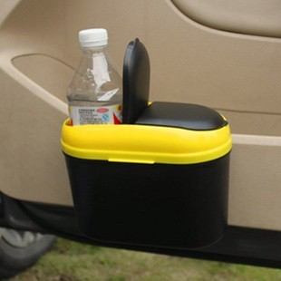 Environmentally friendly car hanging garbage can