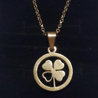 Necklace with Lucky Charm Clover leaf Pendant Stainless Steel hypoallergenic