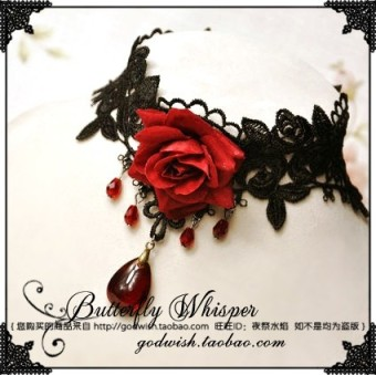 Senlin retro red and black vampire ghost Halloween necklace