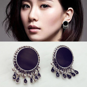 SHININGSTAR black short hair celebrity inspired stud earrings