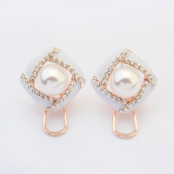 Shishang imitation pearl stud Korean-style earrings