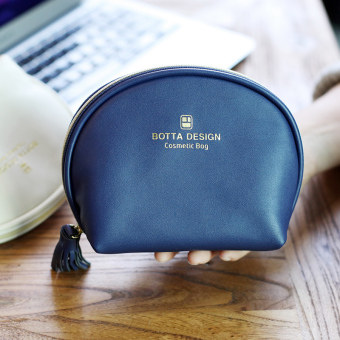 Travel mini portable makeup bag Korean cosmetic bag