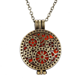 Vintage Alloy Essential Oil Diffuser Perfume Aromatherapy Locket Necklace - intl